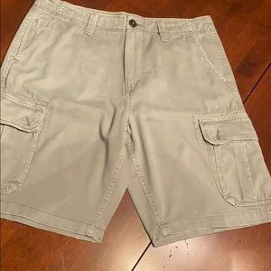 🦅American Eagle Outfitters classic Cargo Shorts